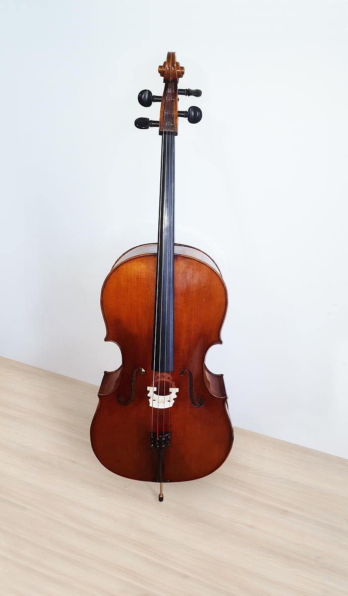 100 year old cello from czech republic zlin philharmonic cello 1916 spruc and maple bowed. Black Bedroom Furniture Sets. Home Design Ideas