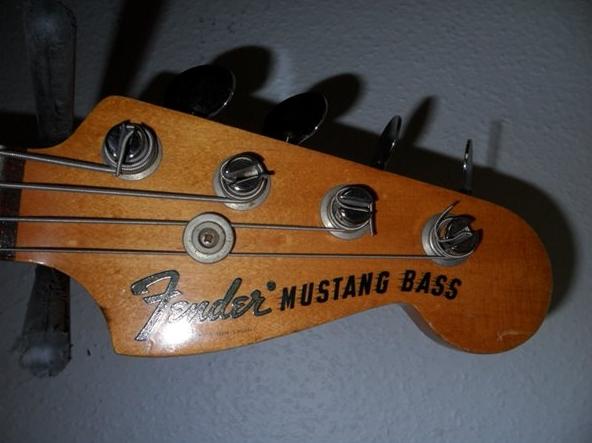 fender mustang bass 1966 bass for sale. Black Bedroom Furniture Sets. Home Design Ideas