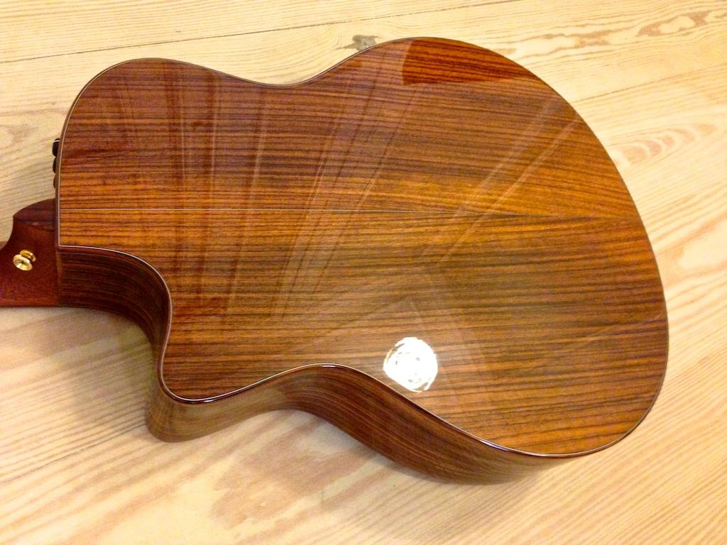 taylor baritone 8 string gt8 2010 39 s guitar. Black Bedroom Furniture Sets. Home Design Ideas