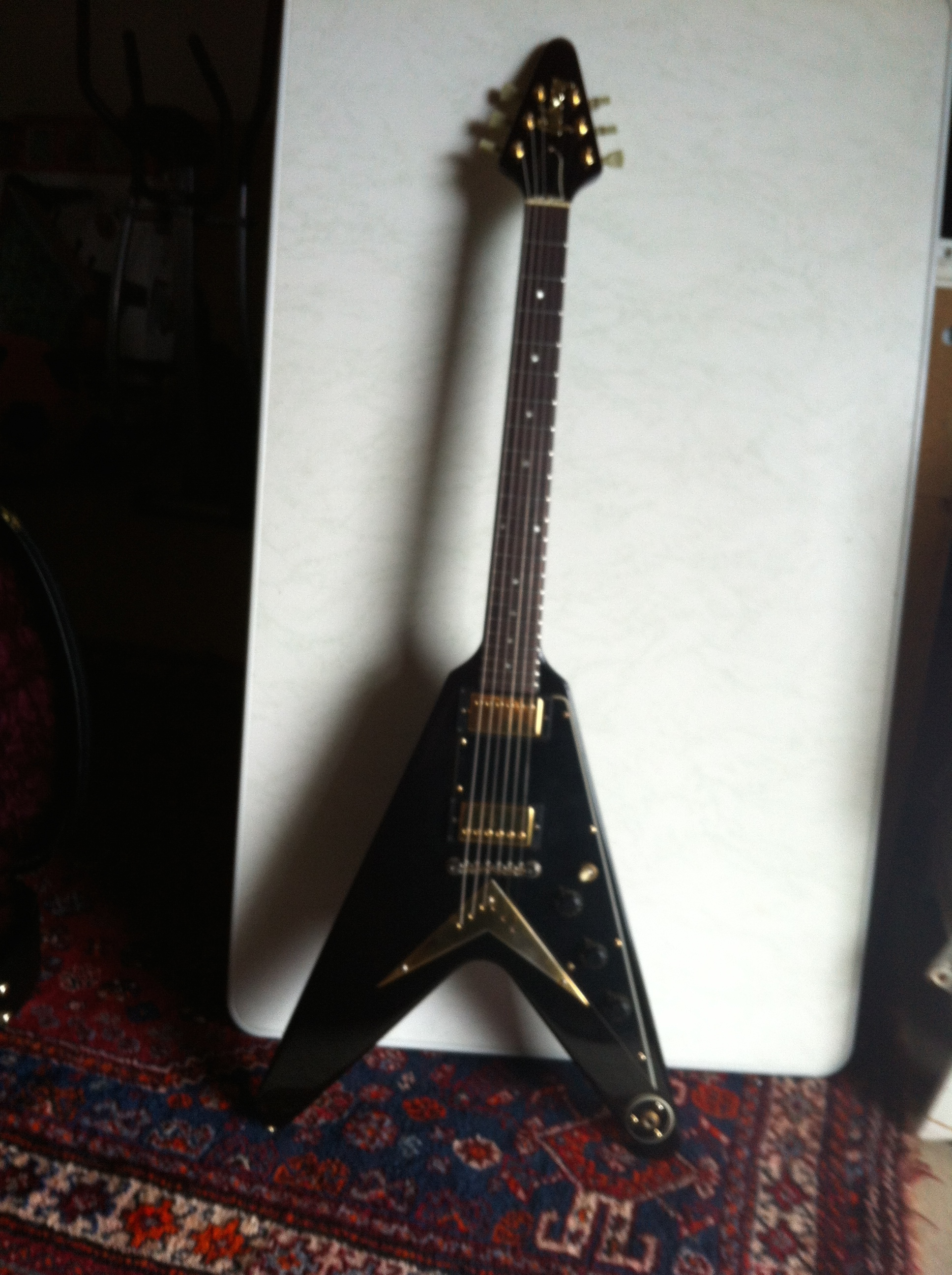 gibson flying v 58 korina 1983 black guitar for sale. Black Bedroom Furniture Sets. Home Design Ideas