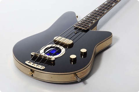Versoul Raya Bass 4 Black, Sunburst, Terracotta