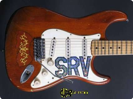 Fender Stratocaster Stevie Ray Vaughan Signature 2011 Natural   Relic
