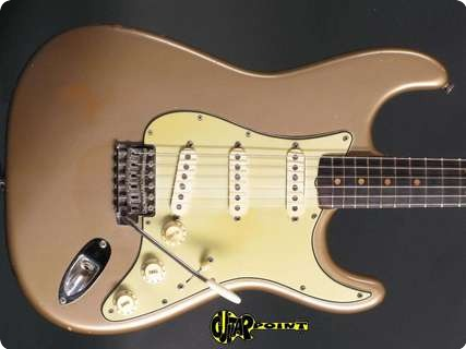 Fender Stratocaster 1963 Shoreline Gold