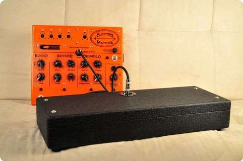 Carr Amplifiers Electro Motive  Reverb  Tremolo Booster 2013 Orange & Black