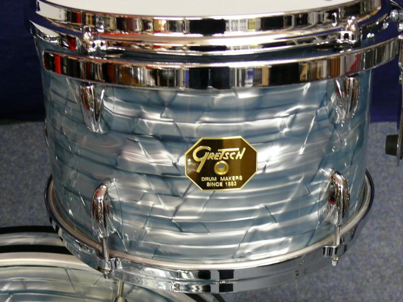 gretsch usa standard 2011 sky blue pearl drum percussion for sale drum station maintal. Black Bedroom Furniture Sets. Home Design Ideas