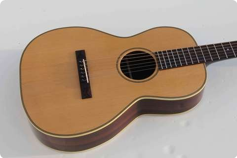 Pavel Maslowiec Custom Guitars Parlor Flattop Natural
