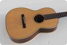 Pavel Maslowiec Custom Guitars Parlor Flattop Natural