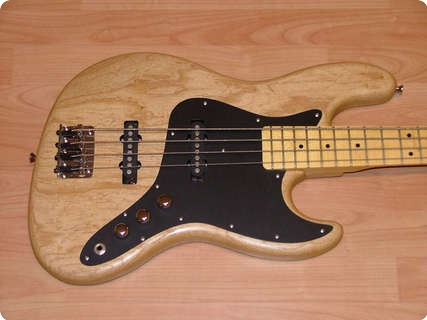 Schecter Usa ´s´  Jazz Bass W/maple Neck 2012 Natural Oil