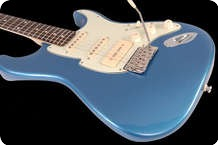 Fret King STVDIO Corona 60 SP Mixed Metallic Azzurro Cielo Blue