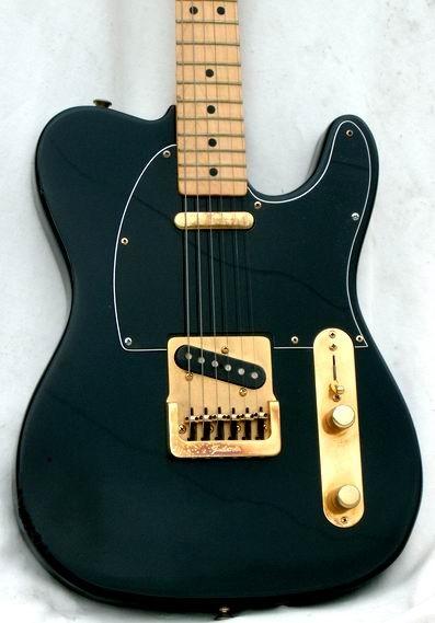 fender telecaster 1981 black gold guitar for sale hendrix guitars. Black Bedroom Furniture Sets. Home Design Ideas