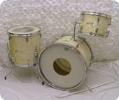 Pearl Drum Kit White Marine Pearl