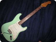Fender STRATOCASTER 2000 SURF GREEN RARE
