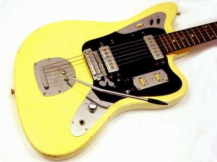 Klira Star Club 1969 Yellowed White