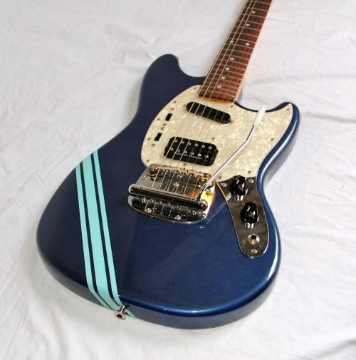 fender mustang kurt cobain competition 2009 dark lake placid blue guitar for sale bass n guitar. Black Bedroom Furniture Sets. Home Design Ideas