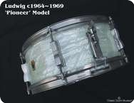 Ludwig Pioneer 1964 White Marine Pearl