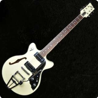 Duesenberg Fullerton Starplayer Tv Semi Hollow Electric Guitar With Hard Case   Sold