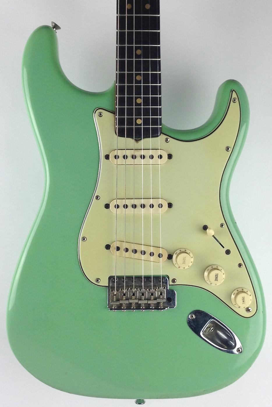 fender stratocaster 1964 seafoam green guitar for sale thunder road guitars. Black Bedroom Furniture Sets. Home Design Ideas