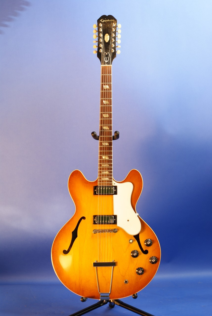 epiphone riviera sb1 1966 sunburst guitar for sale tundra music inc vintage guitars. Black Bedroom Furniture Sets. Home Design Ideas