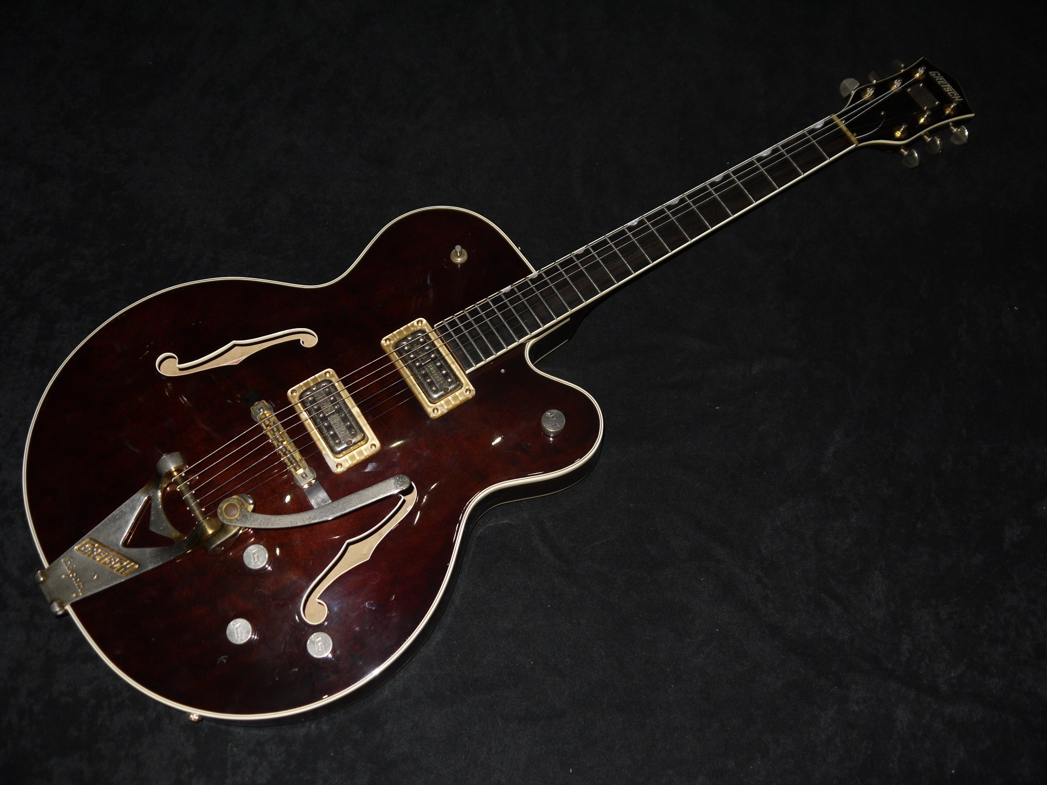 Dating Gretsch Guitars