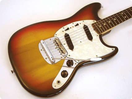 fender mustang 1971 sunburst guitar for sale wutzdog guitars. Black Bedroom Furniture Sets. Home Design Ideas