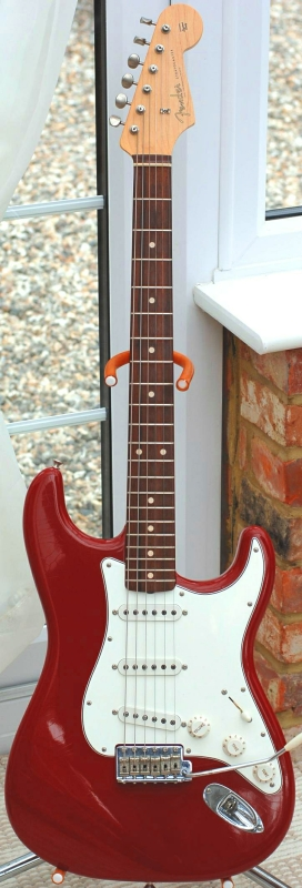 Fender Stratocaster Custom Shop Relic 60 2000 S Dakota Red