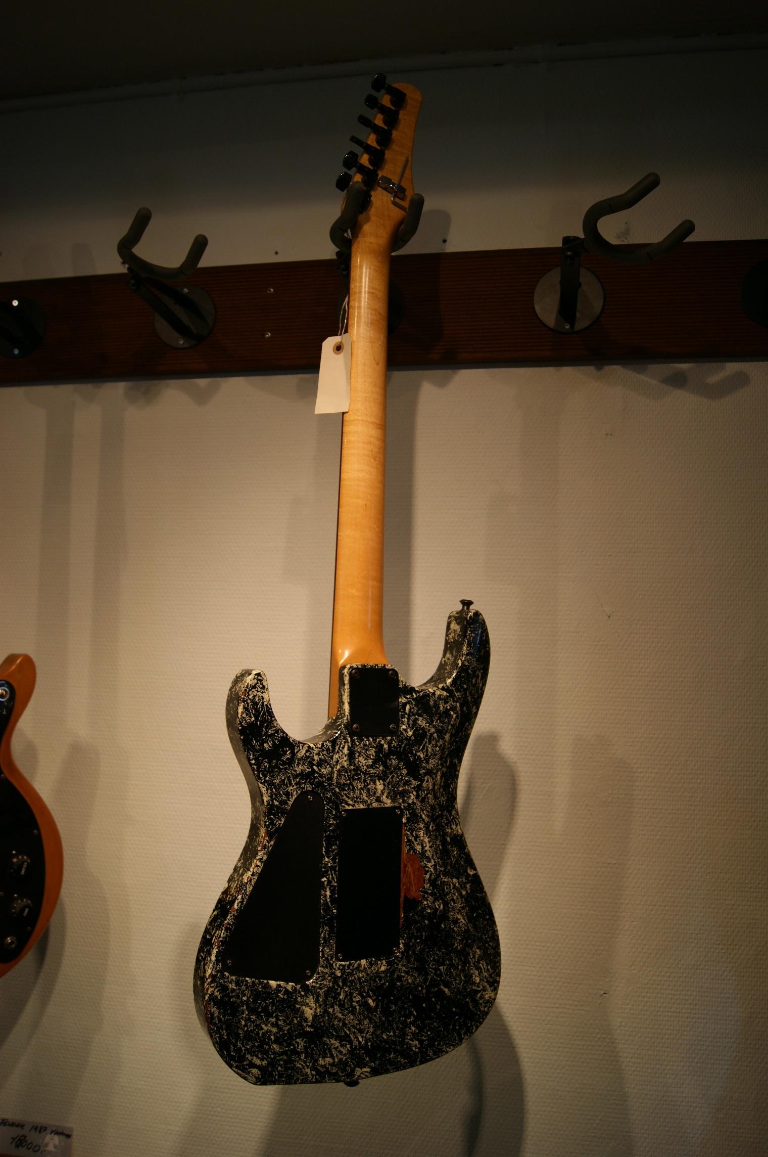 kramer electric 1980 39 s guitar for sale instrumentshoppen. Black Bedroom Furniture Sets. Home Design Ideas