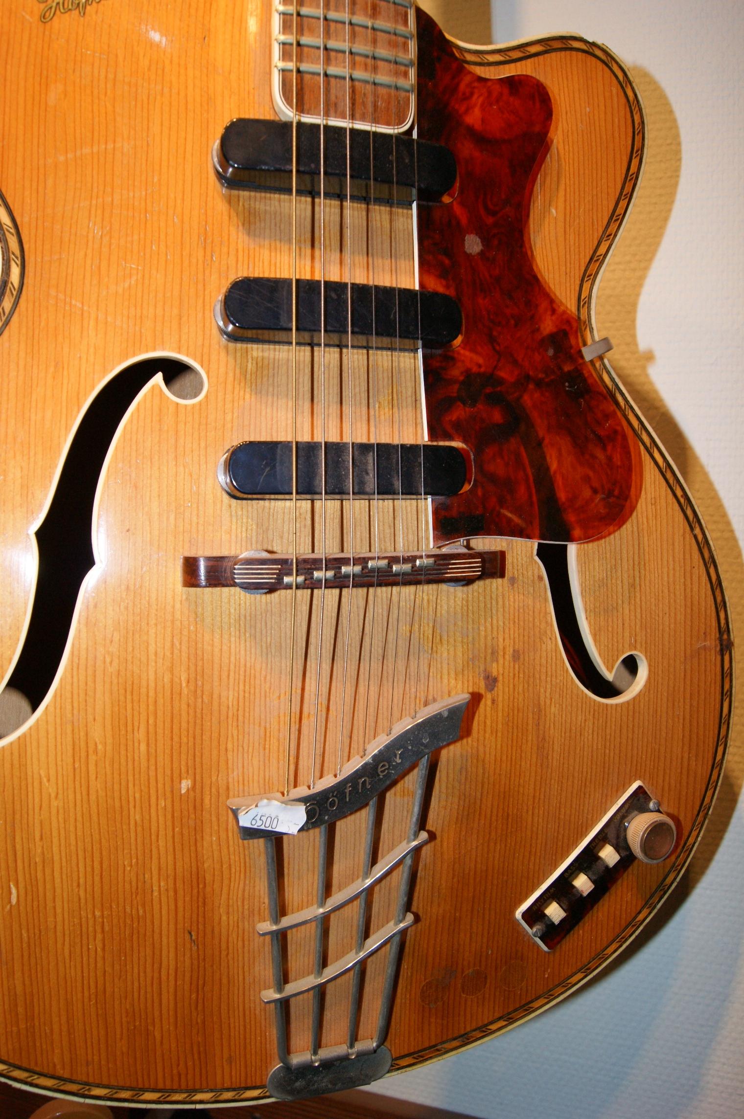 hoffner archtop electric 1940 39 s natural guitar for sale instrumentshoppen. Black Bedroom Furniture Sets. Home Design Ideas