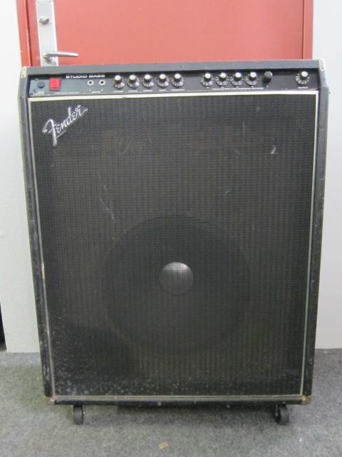 fender studio bass 1979 amp for sale rock city. Black Bedroom Furniture Sets. Home Design Ideas