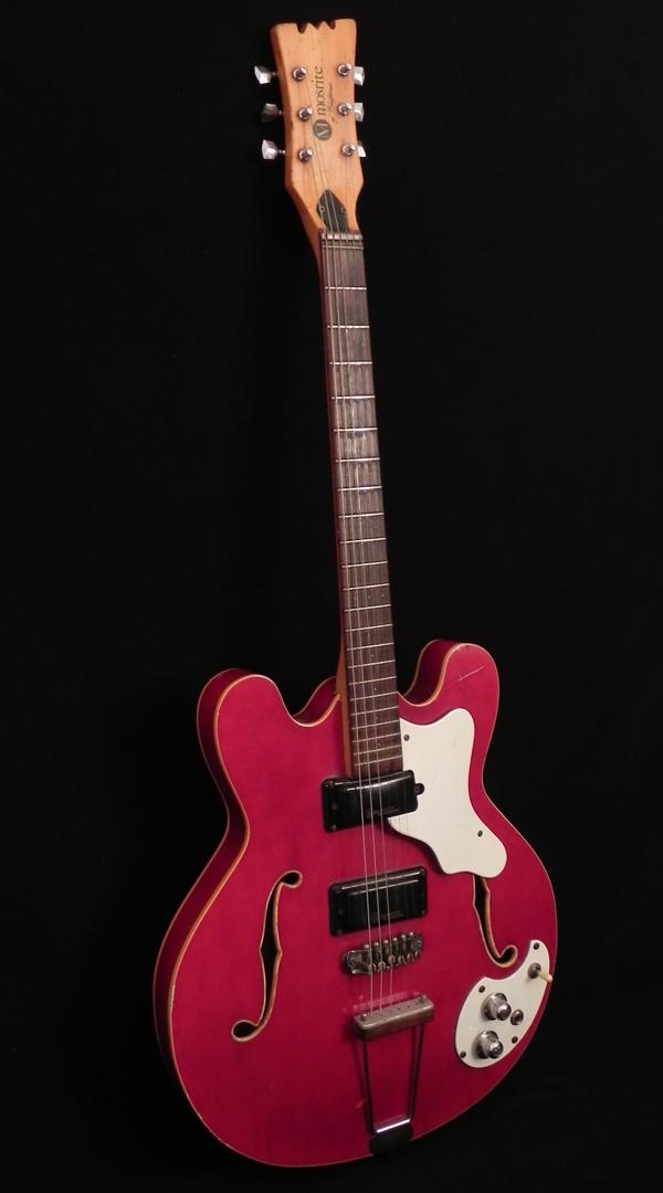 Mosrite | Guitar Center