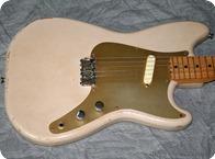 Fender Musicmaster 1957 Desert Sand