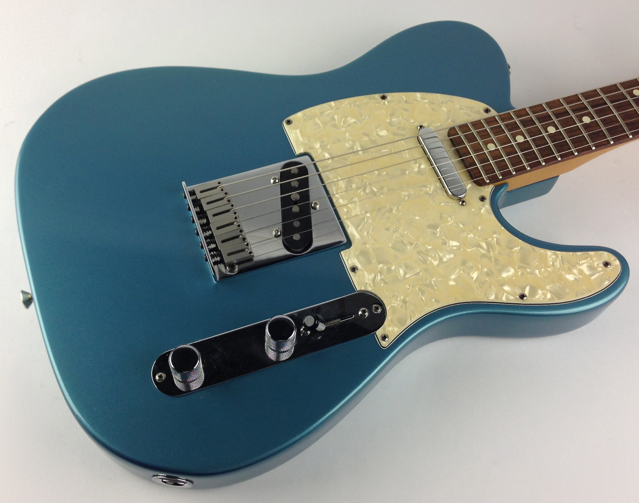 fender telecaster usa 1997 lake placid blue guitar for sale thunder road guitars. Black Bedroom Furniture Sets. Home Design Ideas