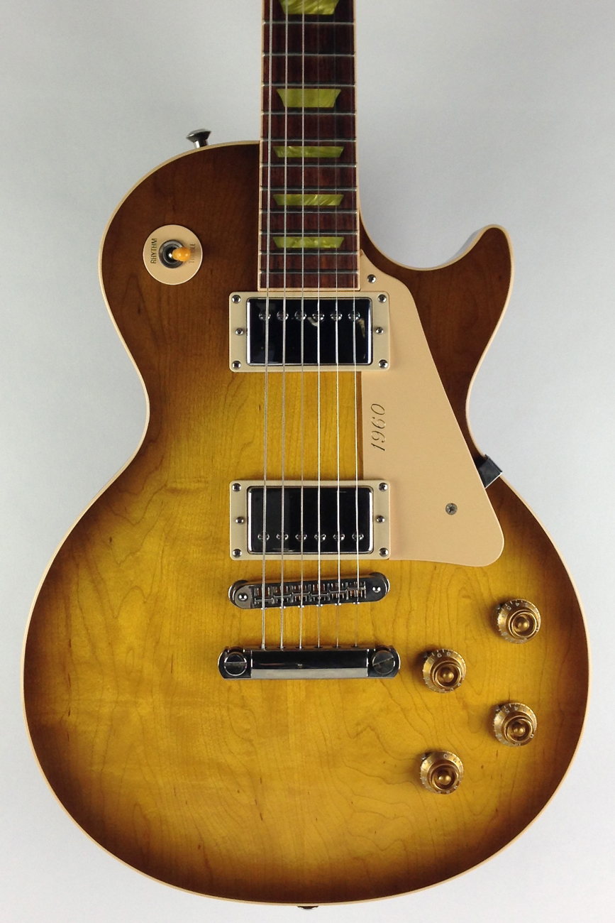 gibson les paul classic 2004 honeyburst guitar for sale thunder road guitars. Black Bedroom Furniture Sets. Home Design Ideas