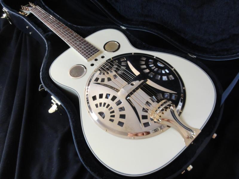 regal rd 381 resonator dobro 2010 39 s ivory white guitar for sale rjv guitars. Black Bedroom Furniture Sets. Home Design Ideas