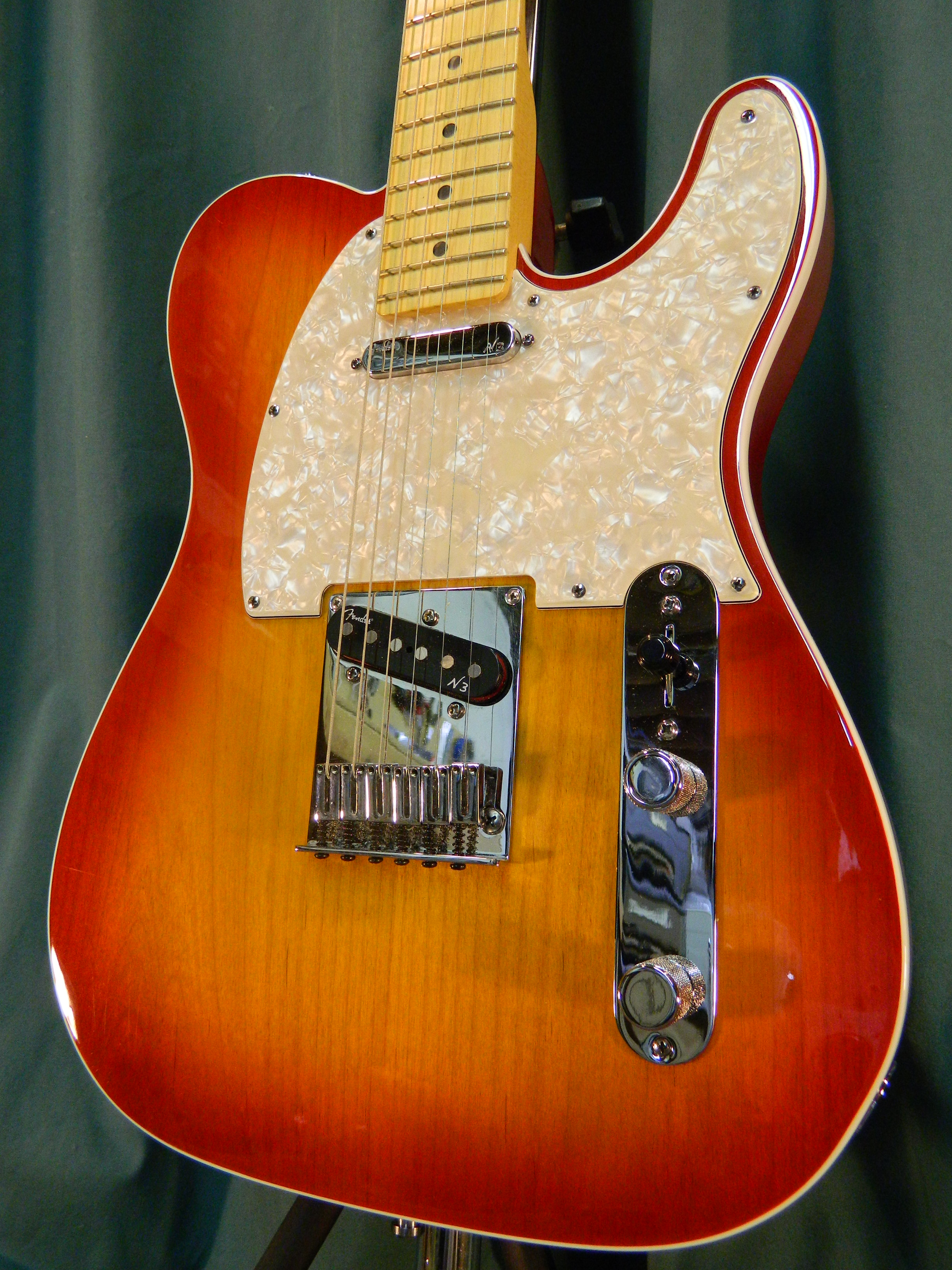 fender american deluxe telecaster 2011 aged cherryburst guitar for sale my generation guitars. Black Bedroom Furniture Sets. Home Design Ideas