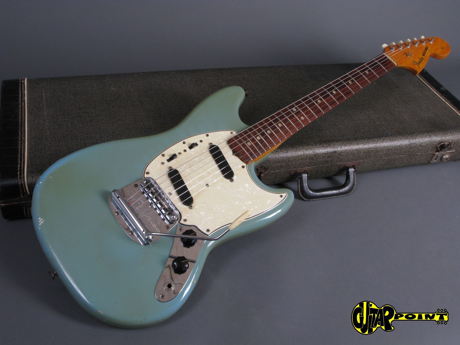fender mustang 1965 daphne blue guitar for sale guitarpoint. Black Bedroom Furniture Sets. Home Design Ideas