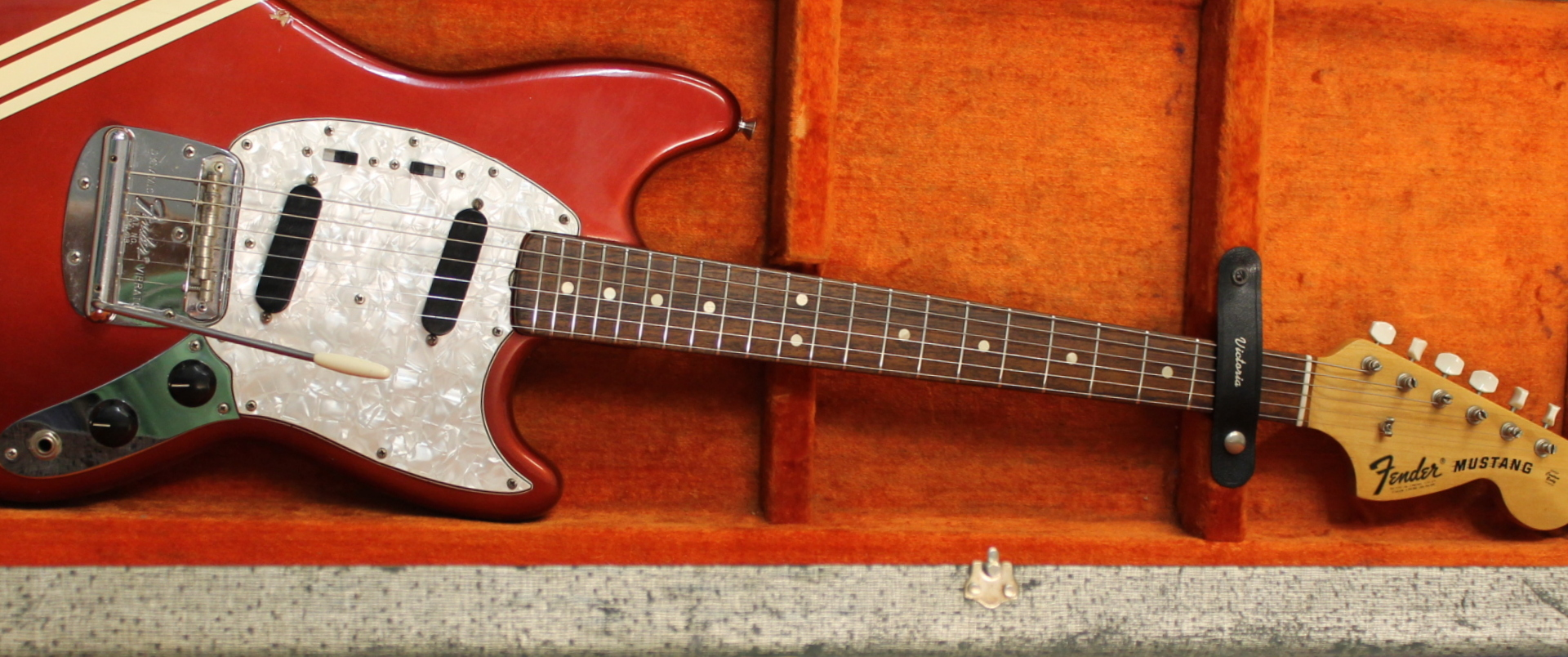 fender mustang competition 1972 guitar for sale kitarakuu. Black Bedroom Furniture Sets. Home Design Ideas