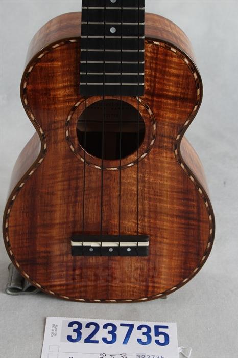 kamaka hf 1d deluxe soprano ukulele 2012 stringed instrument for sale mandolin brothers. Black Bedroom Furniture Sets. Home Design Ideas
