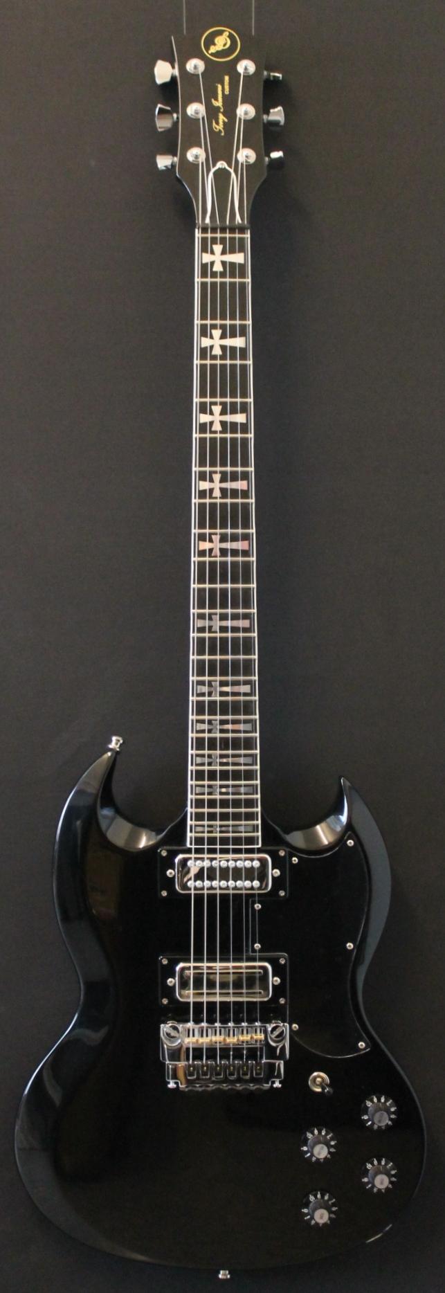 jaydee custom guitars the tony iommi oldboy 2011 guitar for sale kitarakuu. Black Bedroom Furniture Sets. Home Design Ideas