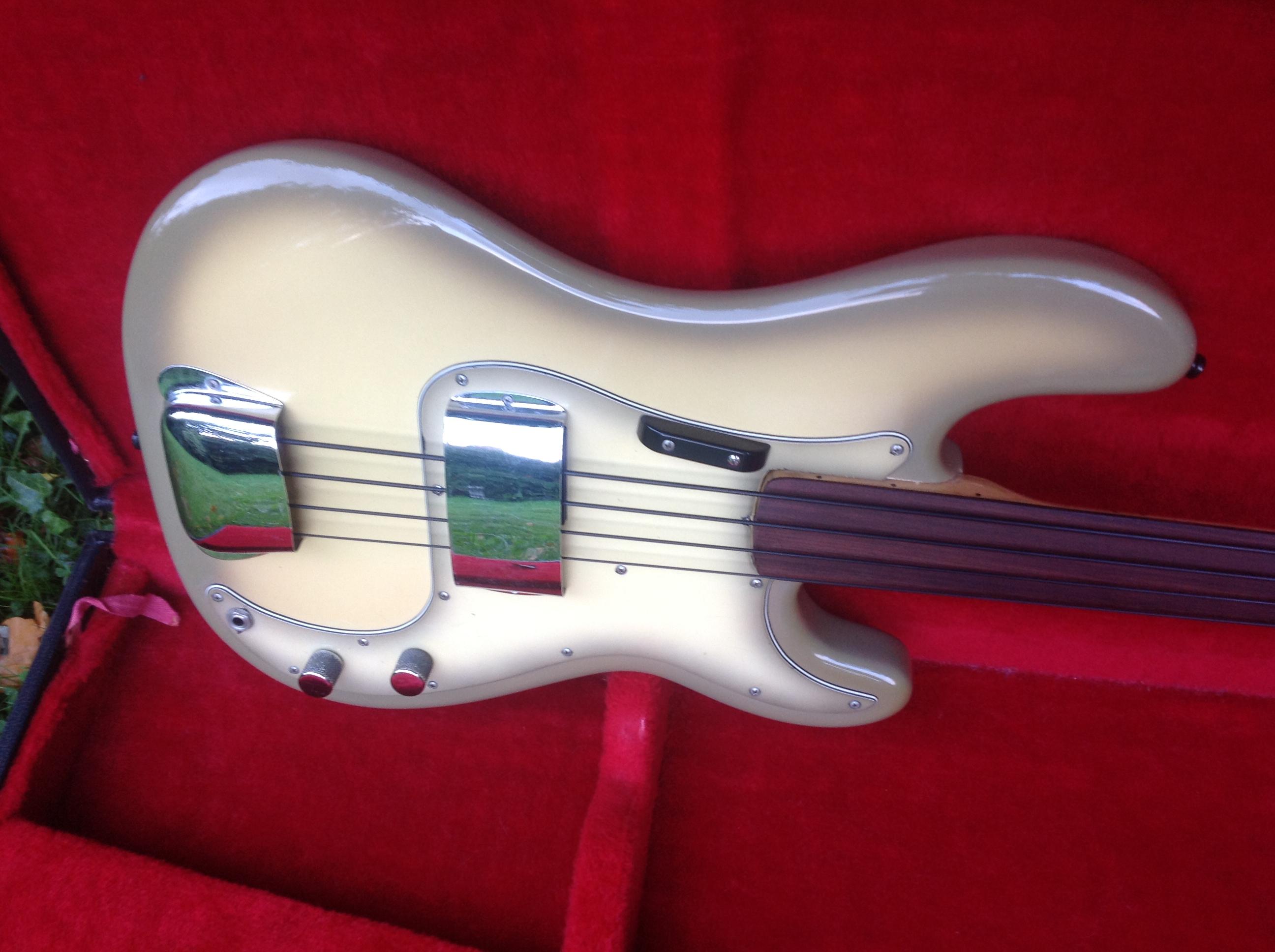 fender precision bass fretless 1978 antigua guitar for sale phils vintage guitars. Black Bedroom Furniture Sets. Home Design Ideas