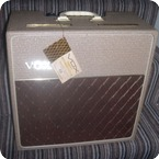 Vox AC4 1960 Fawn