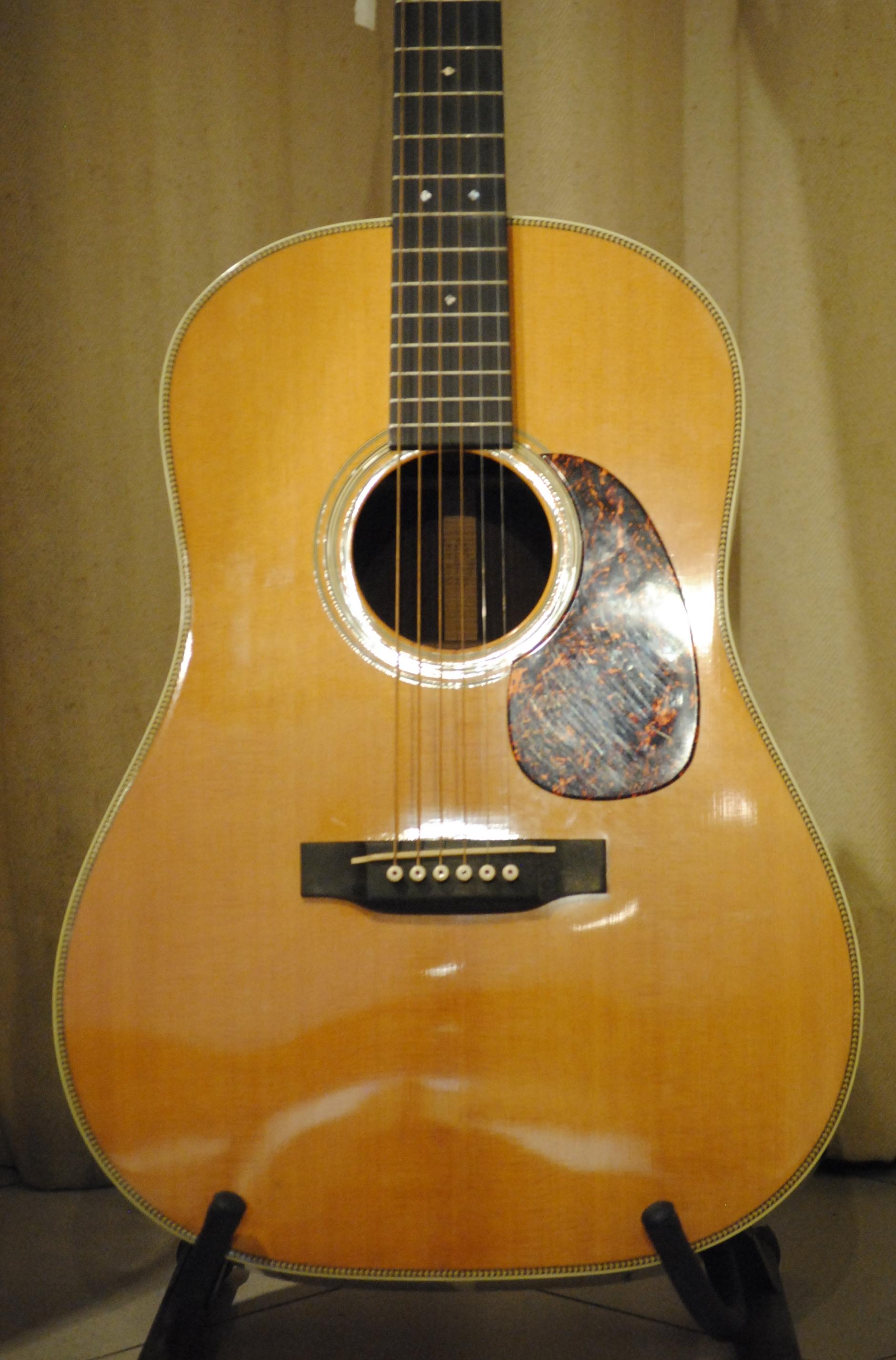 martin d28 vs 2014 natural guitar for sale rome vintage guitars. Black Bedroom Furniture Sets. Home Design Ideas