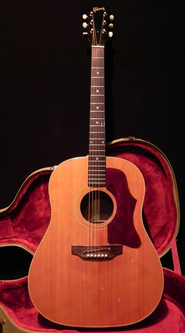 gibson j 50 1967 guitar for sale vintage guitars. Black Bedroom Furniture Sets. Home Design Ideas