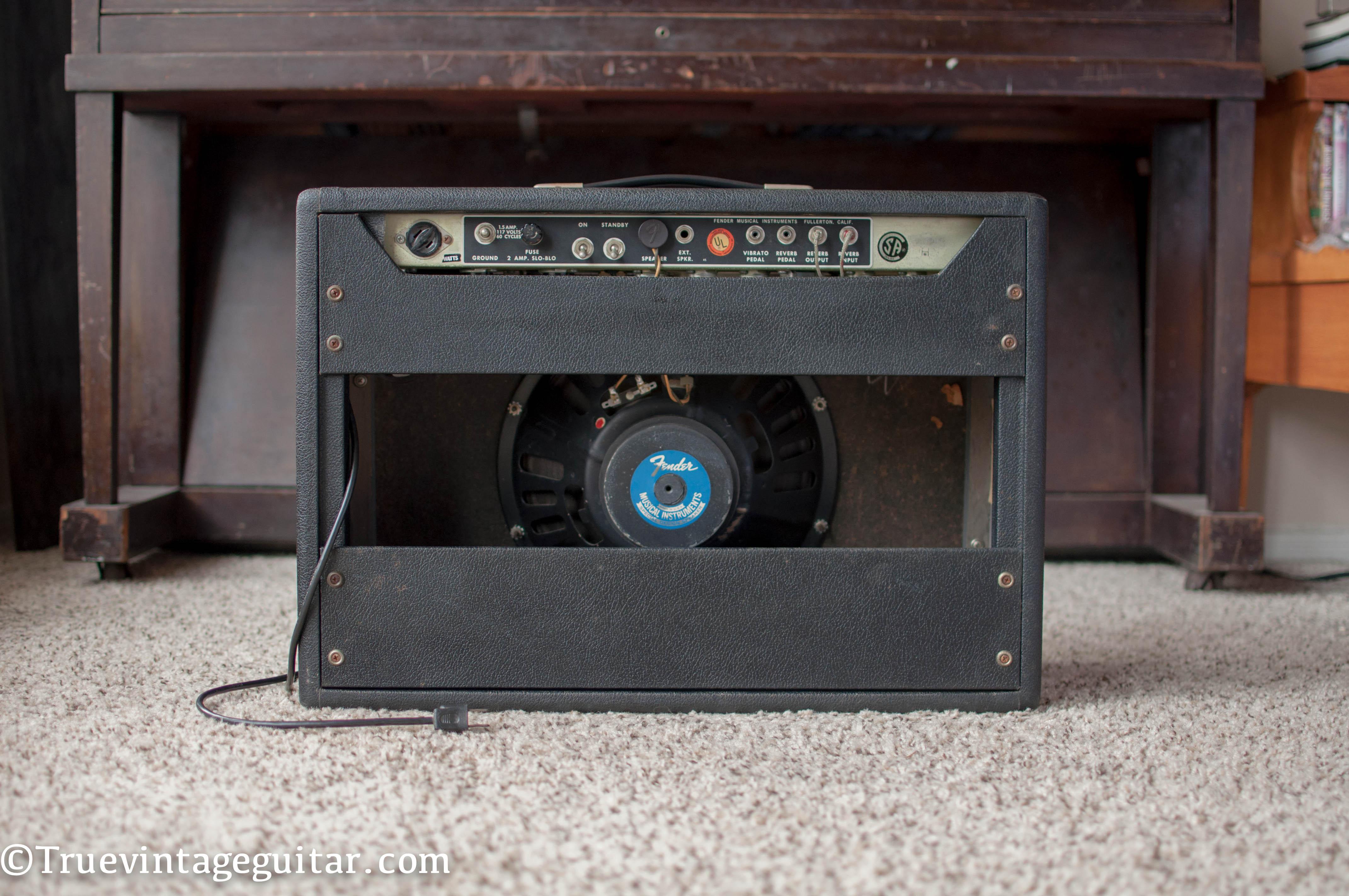 fender deluxe reverb 1969 amp for sale true vintage guitar. Black Bedroom Furniture Sets. Home Design Ideas