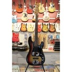 Fender Precision Bass 1977 3 tone Sunburst