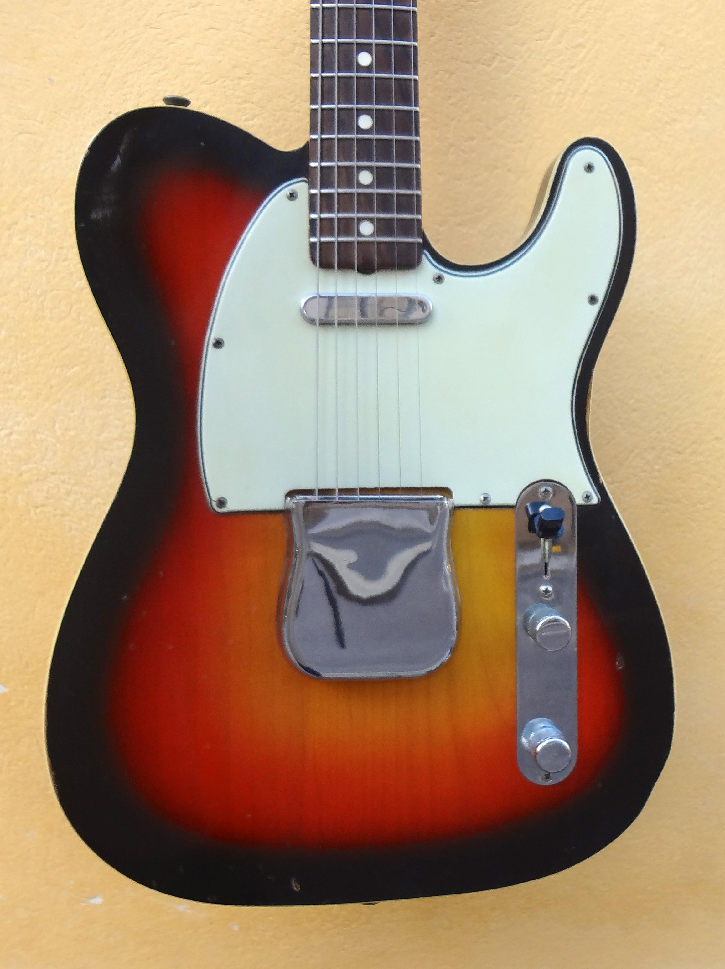 fender telecaster custom 1965 sunburst guitar for sale halkans rockhouse. Black Bedroom Furniture Sets. Home Design Ideas