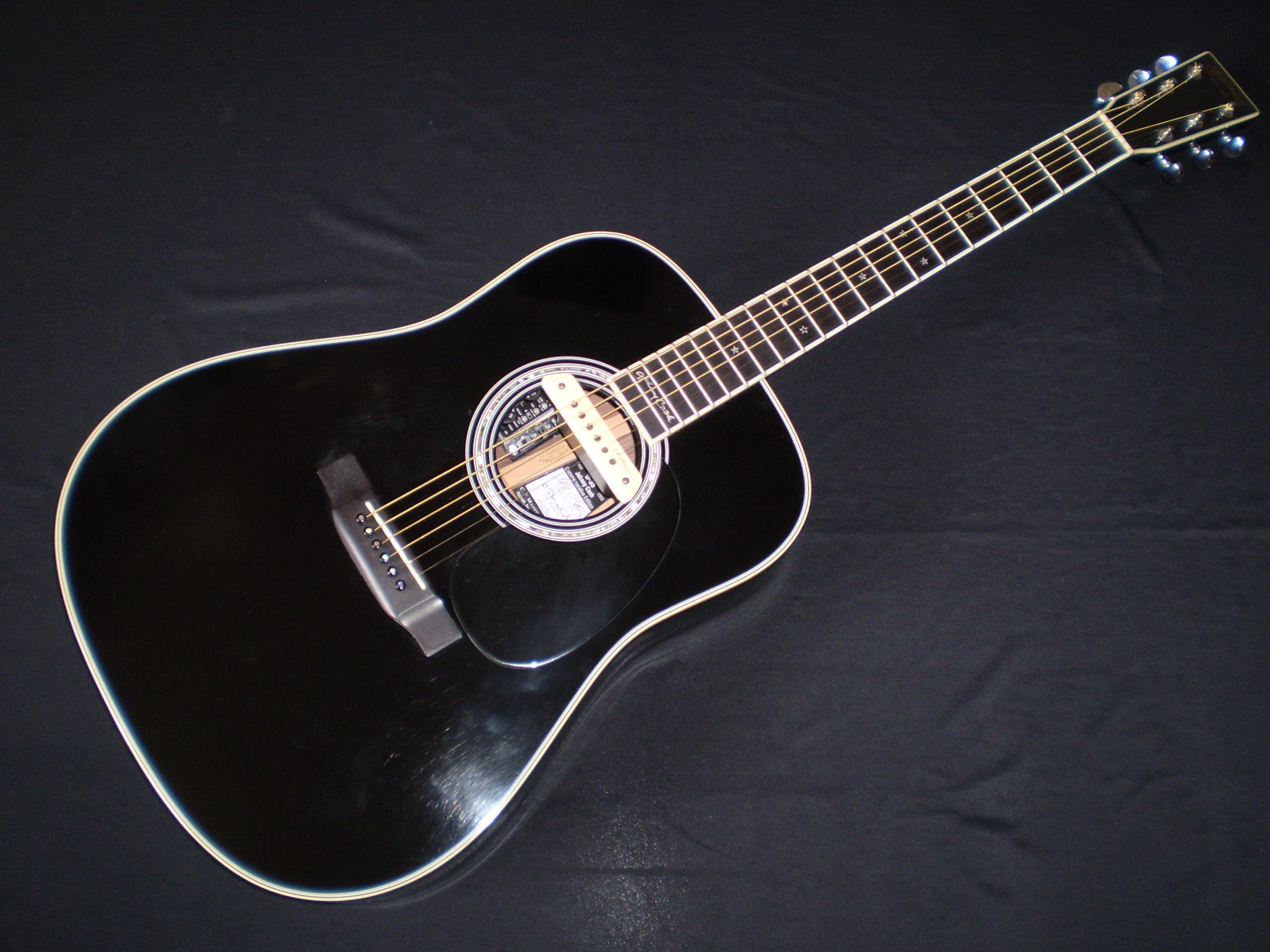 martin d35 johnny cash 2009 ebony guitar for sale glenns guitars. Black Bedroom Furniture Sets. Home Design Ideas