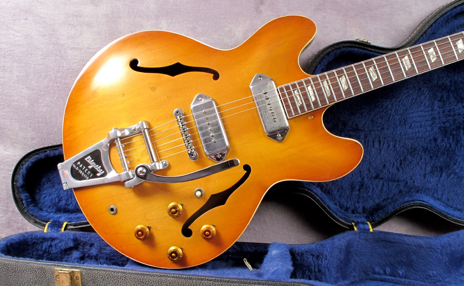 Whats the Difference Between Epiphone and Gibson Guitars