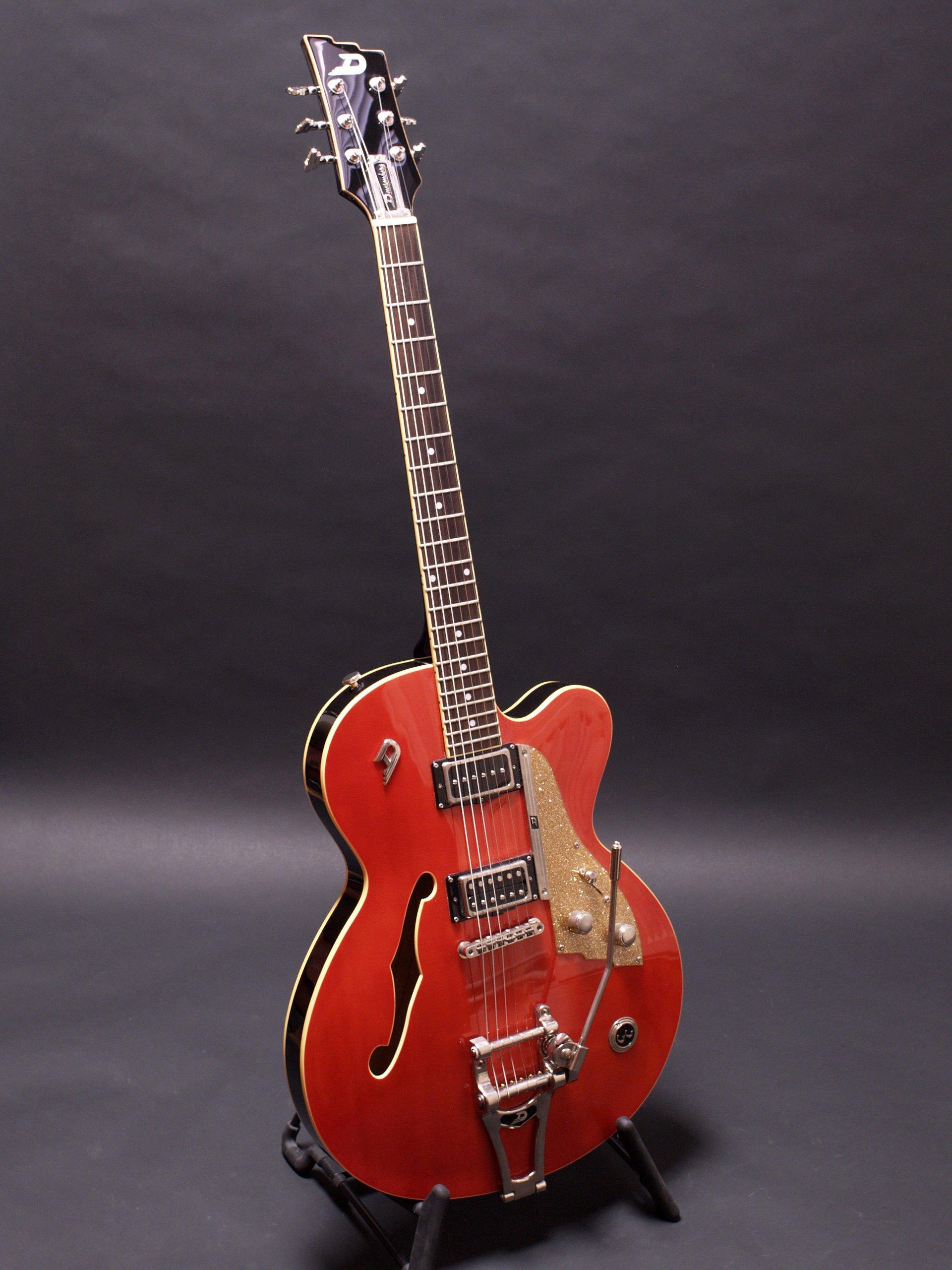 duesenberg carl carlton 2007 orange guitar for sale musical trades. Black Bedroom Furniture Sets. Home Design Ideas