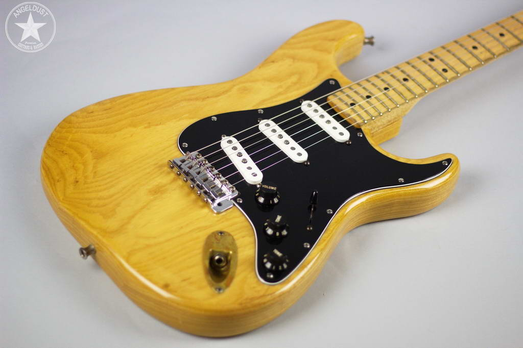 fender stratocaster 1979 natural ash maple guitar for sale angeldust guitars. Black Bedroom Furniture Sets. Home Design Ideas