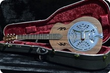 Rozawood ROUNDNECK RESONATOR Claro Walnut Body 2015 Nitrocellulose Lacquer Natural